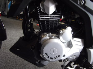 Lexmoto ZSX 125 Black 6