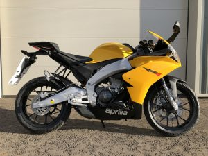 Aprilia RS4 125 - Yellow